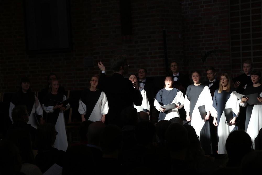 Candominon joulukonsertit osana laulajan jouluperinteitä